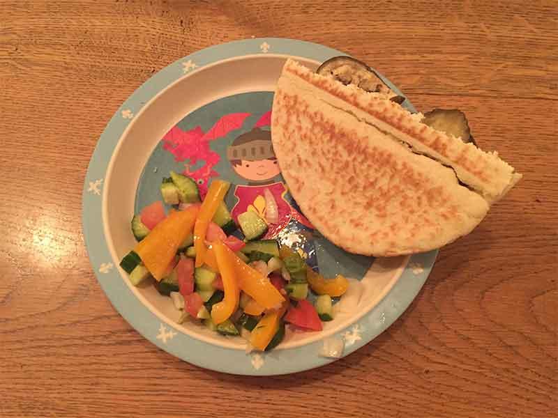 humus-straus-middle